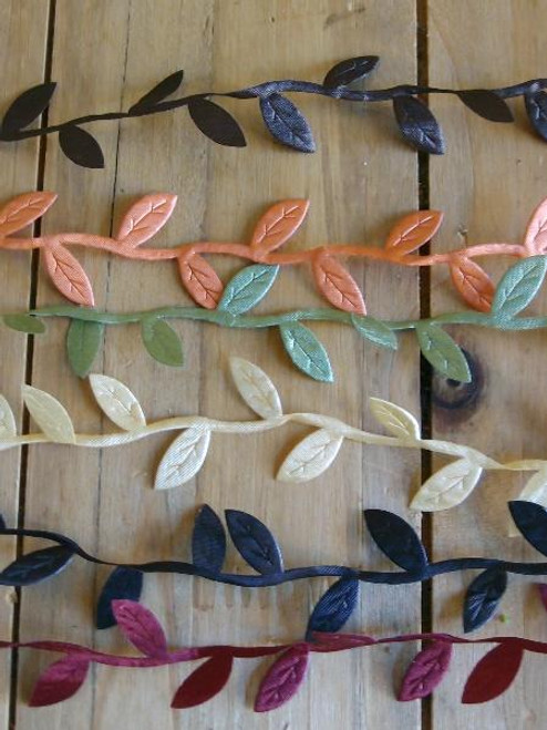 Ivory Leaf Ribbon