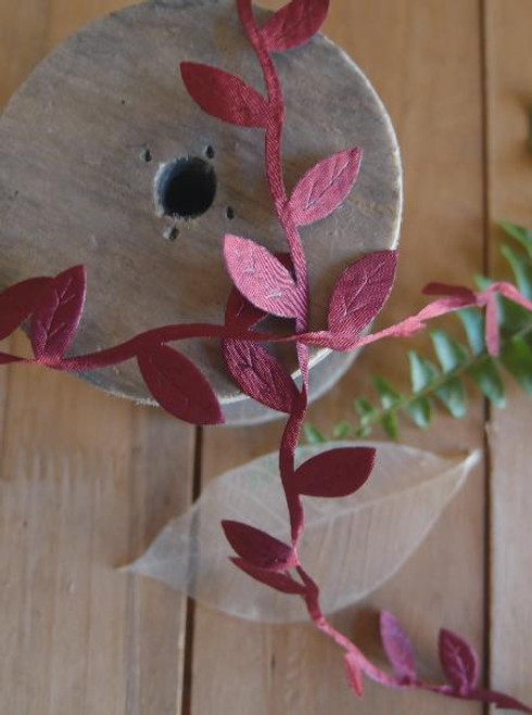 Burgundy Leaf Ribbon