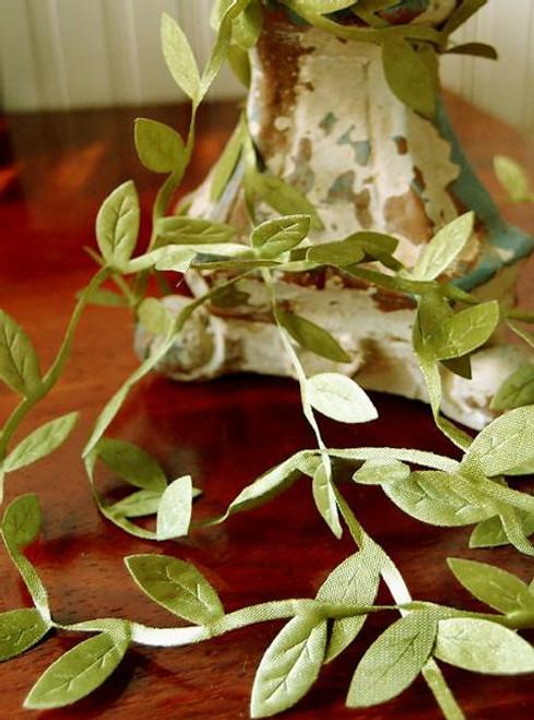 Moss Leaf Ribbon 246-17, Wholesale Ribbon Company, Bulk Ribbon Supplier | Packaging Decor