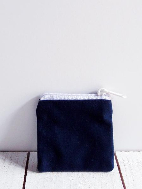"Blue Velvet Zippered Bag 2 1/2"" x 2 1/2"""
