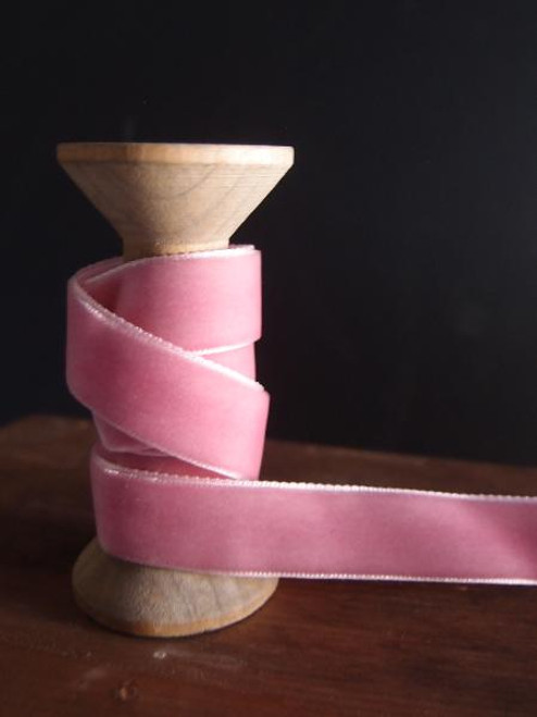 Mauve Velvet Ribbon (2 sizes)