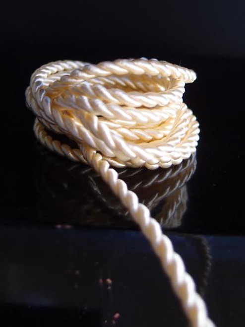 Ivory Rope 2.5mm x 20Y