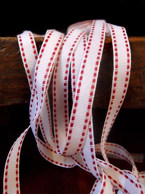 White with Red Saddle Stitch Grosgrain Ribbon