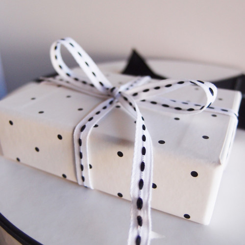 White with Black Center Stitch Grosgrain Ribbon