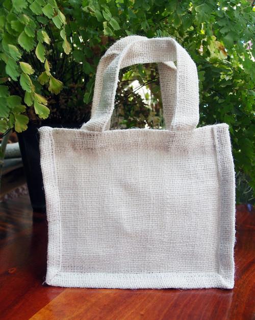 "Small Gusset Jute Bags White 7"" x 6"" x 2"""