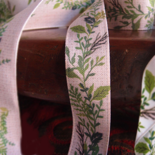"""1"""" Green Leaves with Tan Ribbon"""