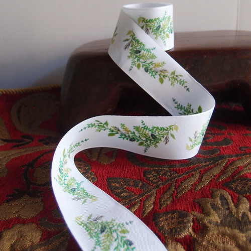 """1 1/2"""" Green Leaves with White Ribbon"""