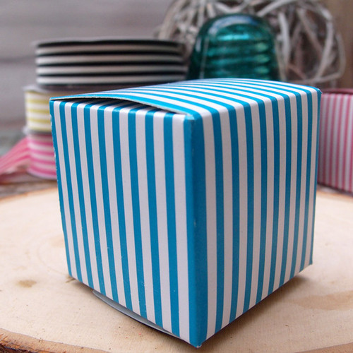 "2""x2""x2""Paper Square Box-Blue Stripes"