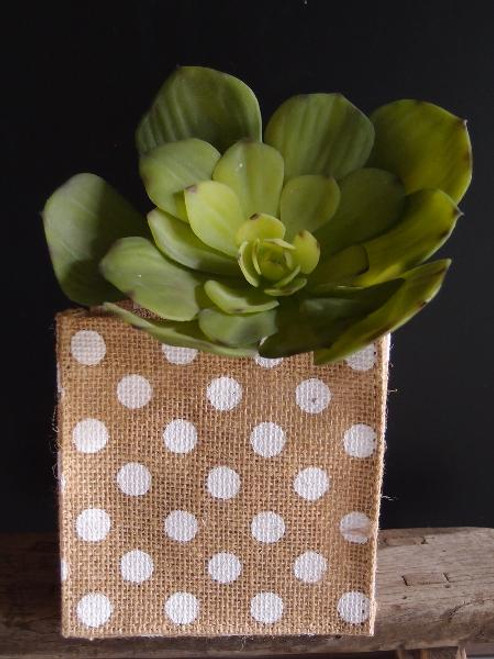 "White Polka Dot Natural Jute Square Holder 5"" x 5"" x 5"""