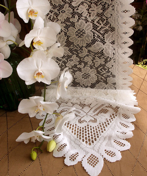"13""x96"" Ivory Floral Lace Table Runner"
