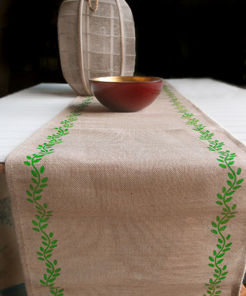 "13""x108"" Ivy Leaf Printed Jute Cotton Blend Table Runner"