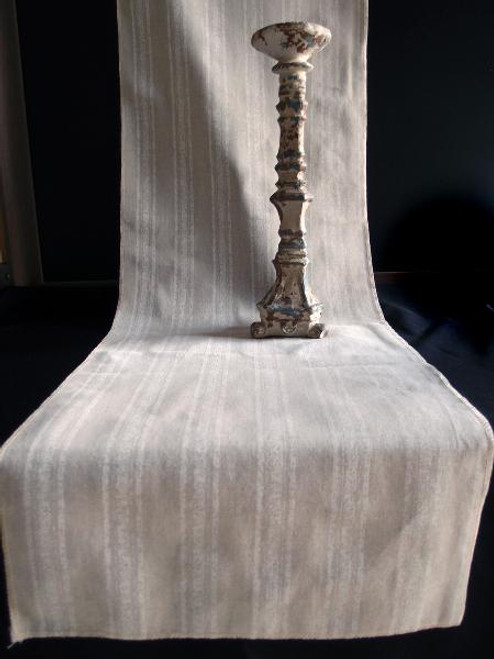 "14 1/2""x108"" White Stripes Linen Table Runner with Selvaged Edge"