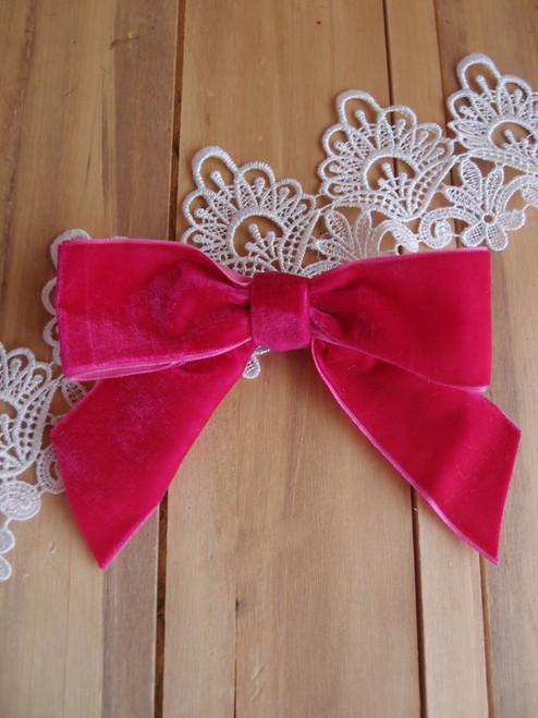 "Hot Pink 5"" Velvet Pre-tie Bow w/Twist-tie"