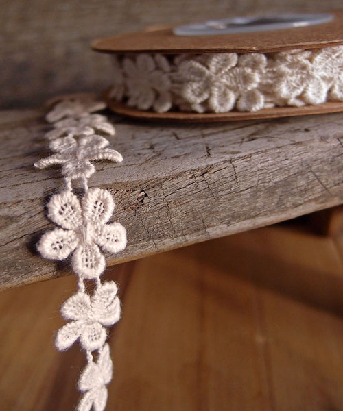 Ivory Daisy Cotton Floral Lace Trim Ribbon