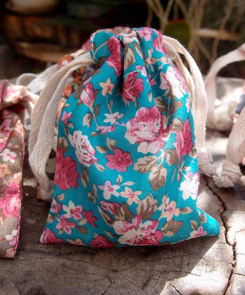 Vintage Floral Print on Turquoise Bag with Pink Roses