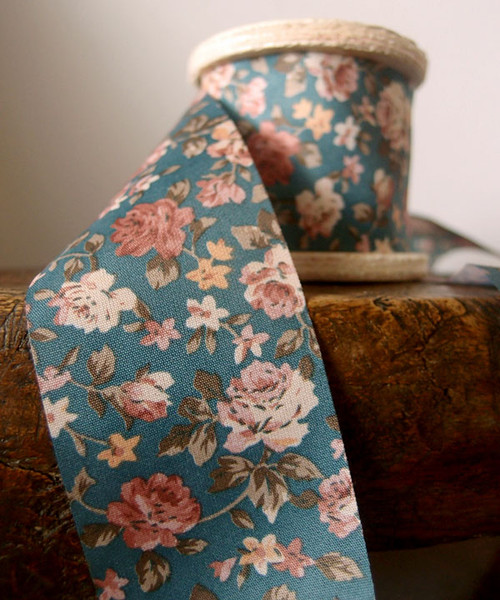 Vintage Floral Print on Gray Ribbon