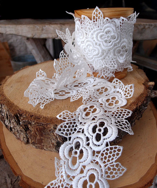 "4"" Embroidery Floral Lace Ribbon - White"