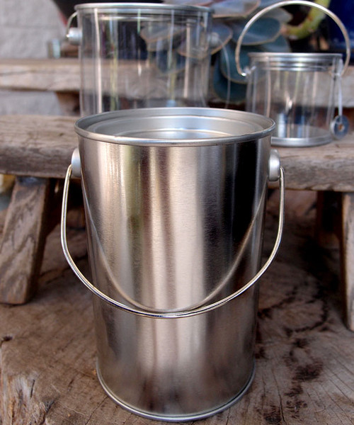 Tin Pail with Tin Lid & Metal Handle (2 sizes)