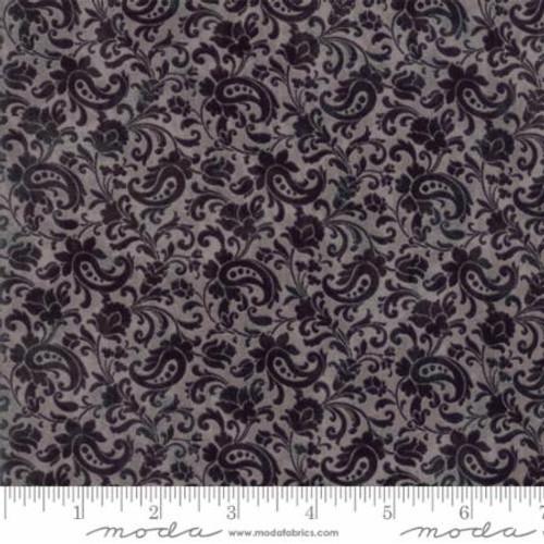 Maven - Black On Gray Floral