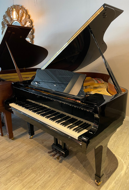 Kawai RX-2 Professional Grand Piano