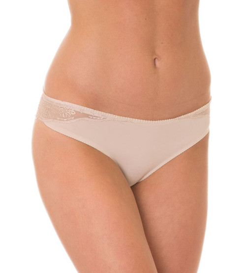 Triumph Beauty-Full Star Brazillian Brief