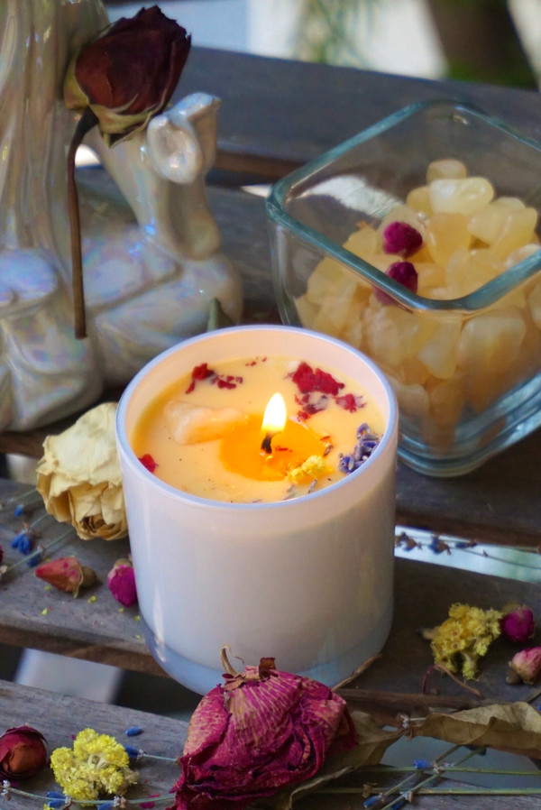 New Beginnings candle | Orange Calcite stone