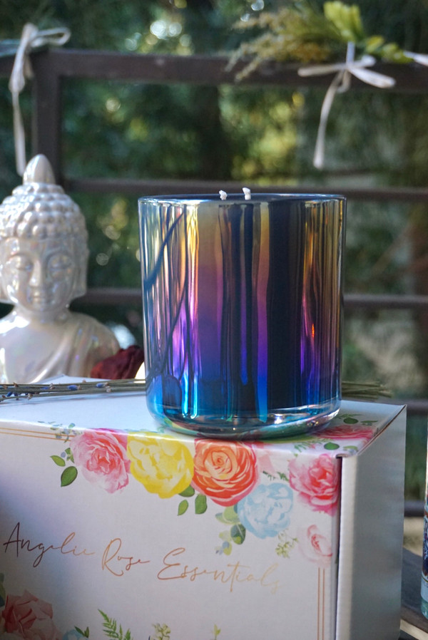 Double-Wicked, Iridescent Aura Crystal Candle   16oz   Amethyst stone