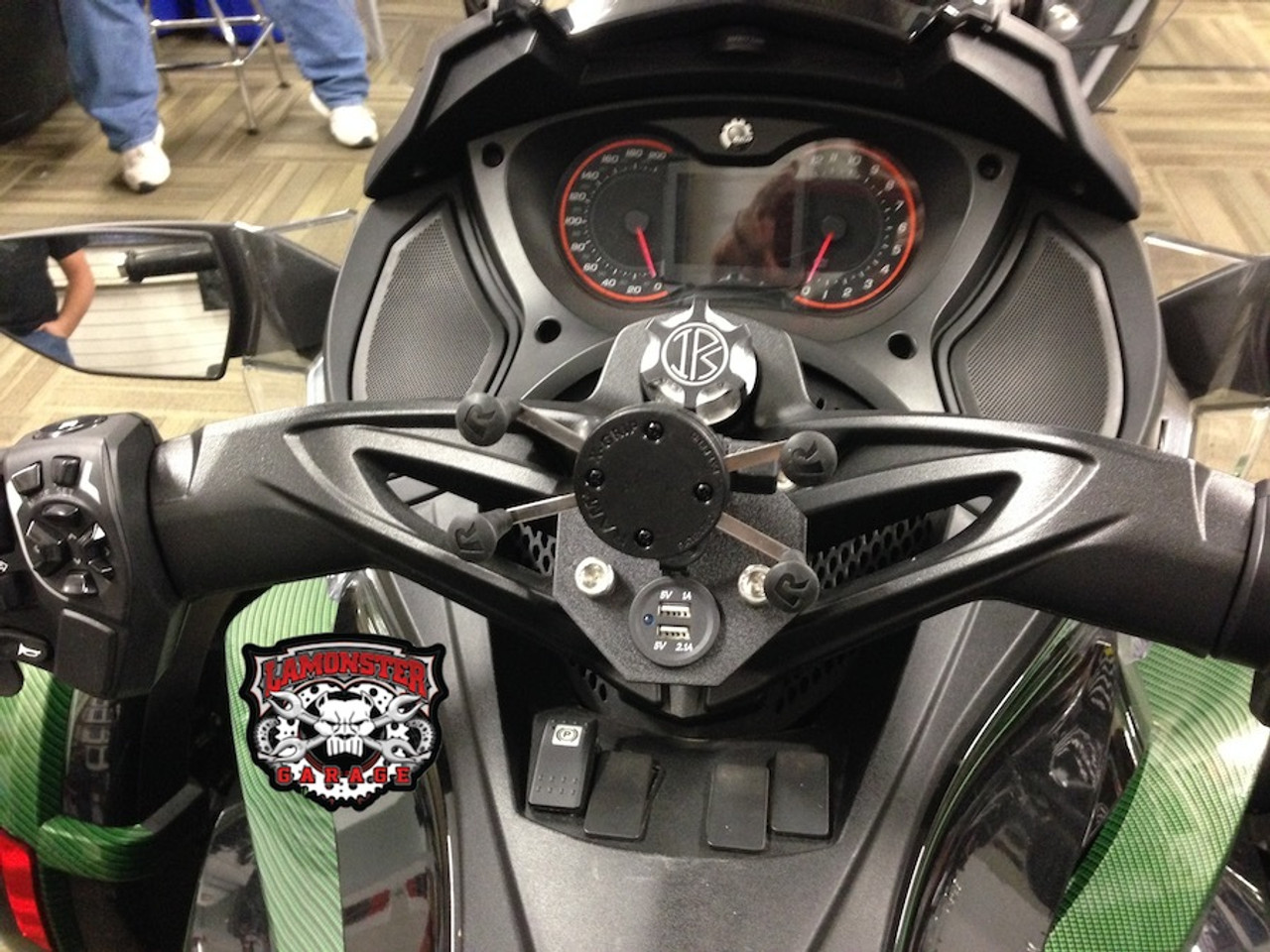 Can-Am Spyder, SpyderDock with X-Grip Combo (with 12v CIG/USB ) (LG-1084-UN7B) by Lamonster Shown on ST