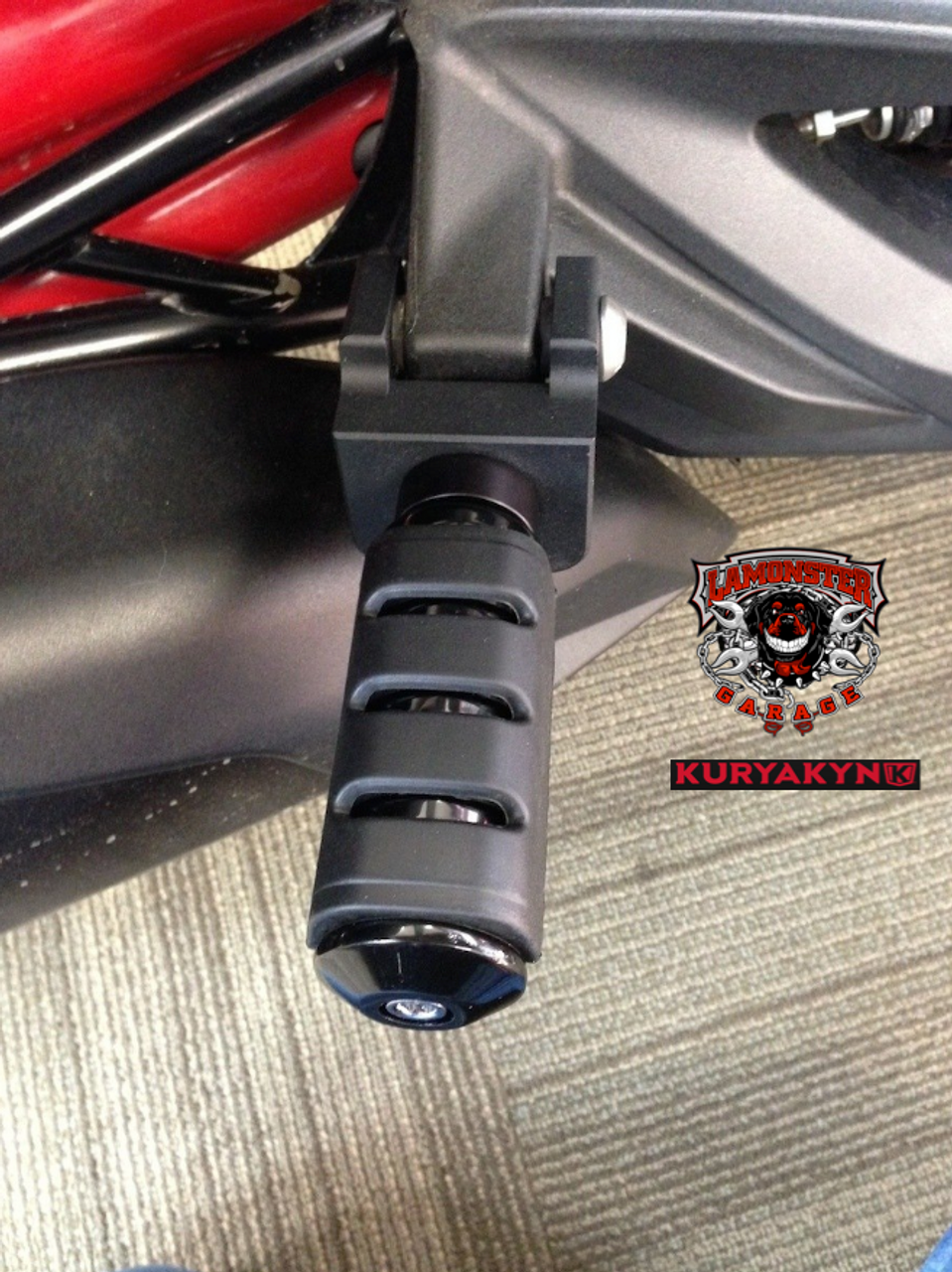 Can Am Spyder F3 Peg Adapters-Trident Large BLK (LG-1026-7566) by Lamonster Shown as passenger peg