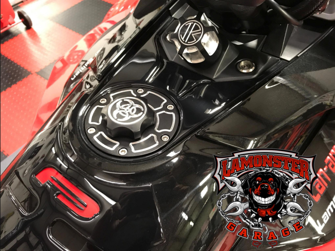 Lamonster IPS F3 Keyless Fuel Cap Assembly (LG-1095A) Fits all Can-Am Spyder F3 Models. F3, F3-S, F3-T, F3-LTD Finish: Accent Cut