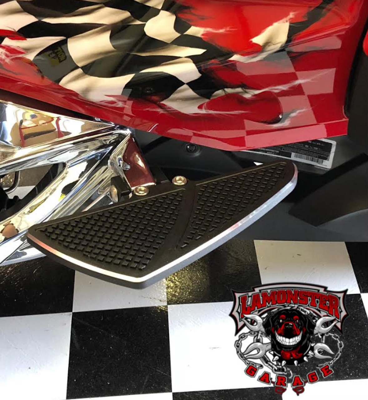Can Am Spyder F3 Black Dymond Gripper Passenger Floorboards (LG-1078A) Fits All F3 Models 2015 - present. Finish: Accent Cut