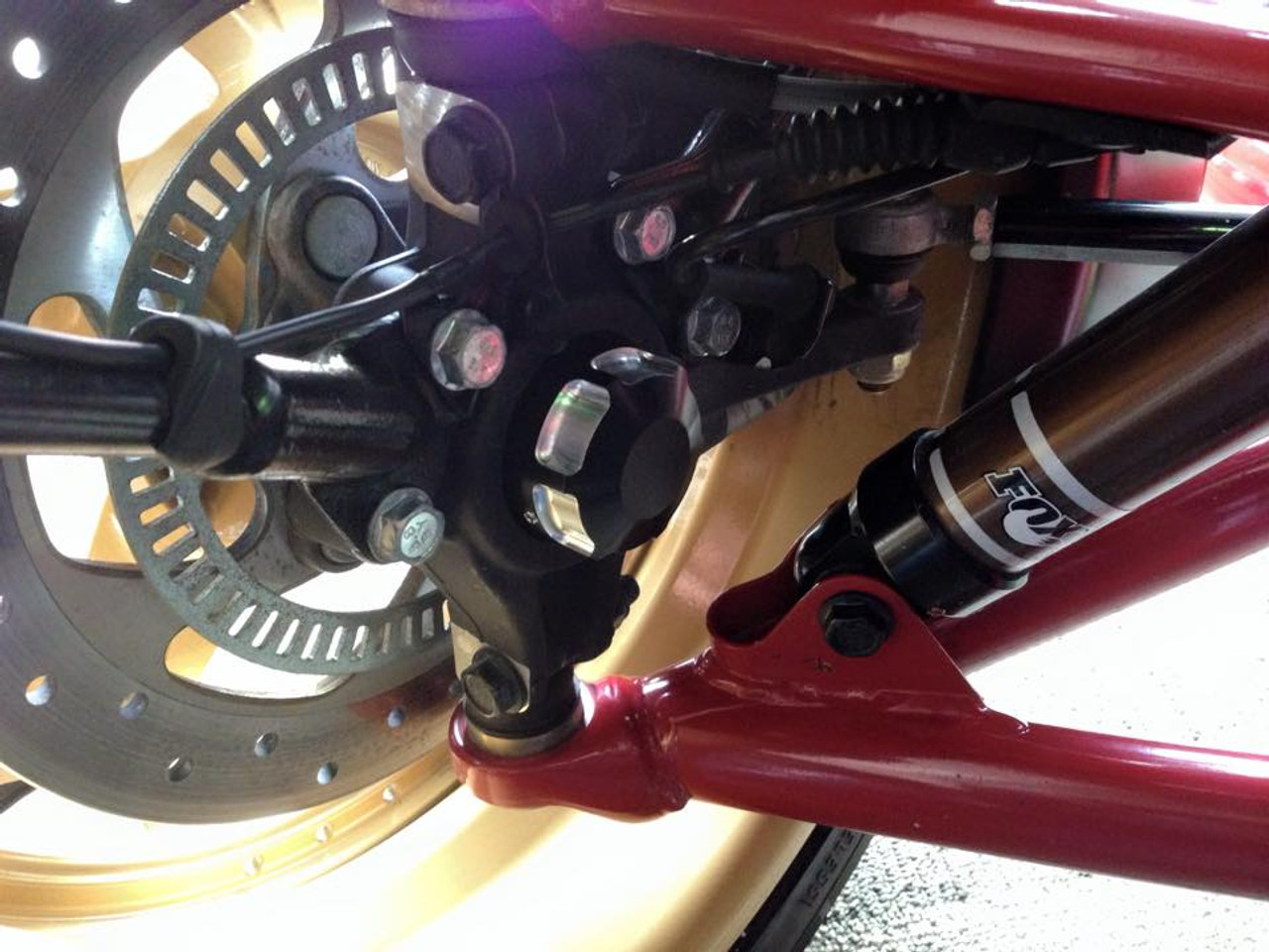 Can Am Spyder IPS front axle caps (inside) (LG-1032) by Lamonster
