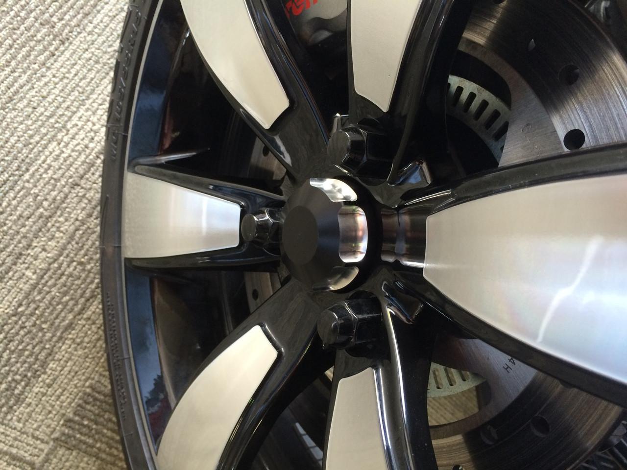 IPS Wheel Caps (outside)