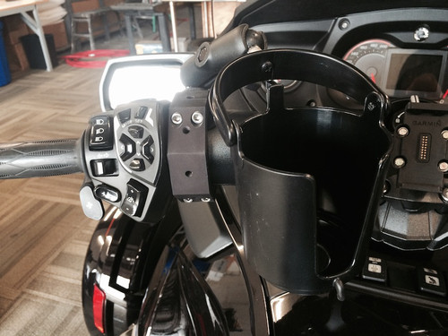 Lamonster RT Spyder Cuff with Ram Self Leveling Cup Holder (LG-1014-132BU) Fits All Can Am Spyder RT models