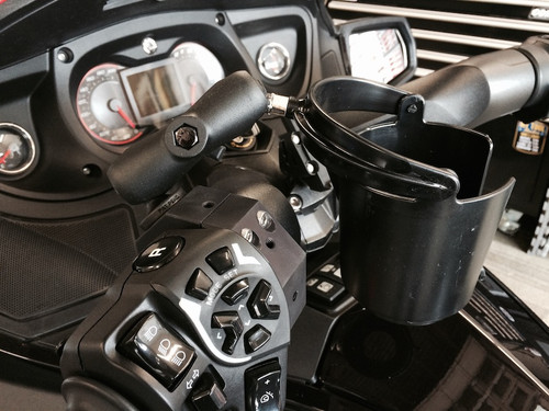 Lamonster RT Spyder Cuff with Ram Self Leveling Cup Holder