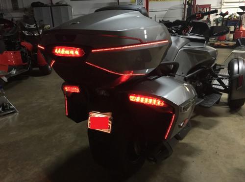 Can-Am Spyder F3T & F3-LIMITED (BRT) BRAKE/RUN/TURN/STROBE REAR LED LIGHT KIT WITH TOP CASE