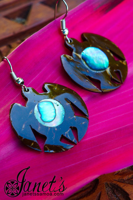 Coconut Earring w/ Paua JIP10