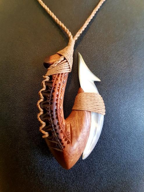 Two-Tone Wood w Pearl Pendant BRPW209