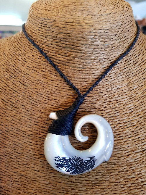 Pearl Shell Fish Hook Pendant BRPS395