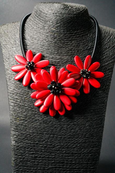 WEBJN52 RED CORAL FLOWER NECKLACE