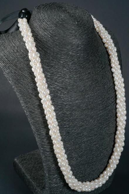 "WEBJP43 WHITE PEARL NECK HAW STRAND 24"""