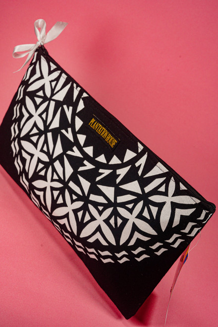 PH HALFMOON CLUTCH WEBPH61