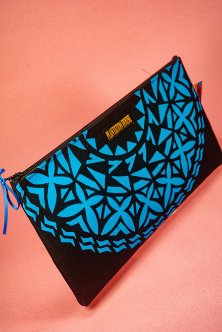PH HALFMOON CLUTCH WEBPH62