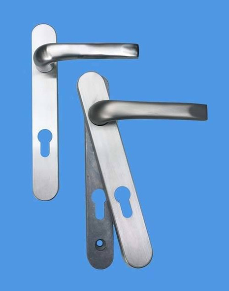 Door Handles with Concealed Screws – 92mm Centre, 122mm Screws in Brushed Chrome