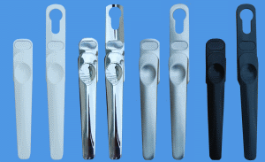 bifold-handles-family-shot-cat-page.png