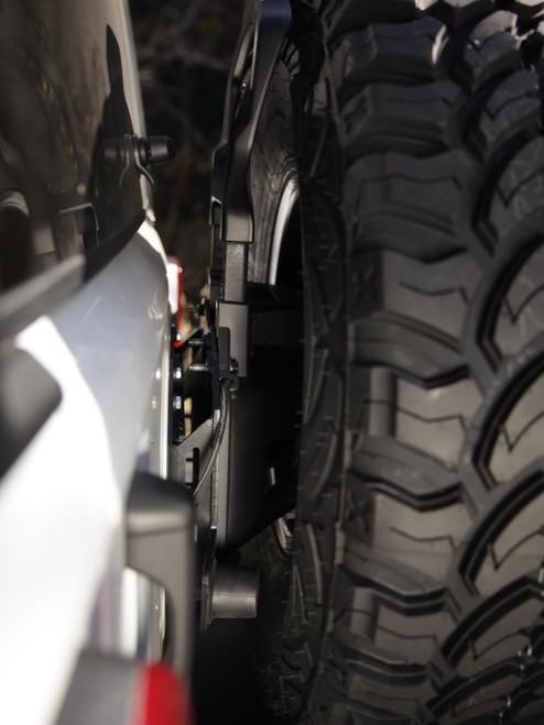 Smittybilt Street Light Bar 03-06 Silverado 1500HD/2500HD/3500HD Gloss Black 110020