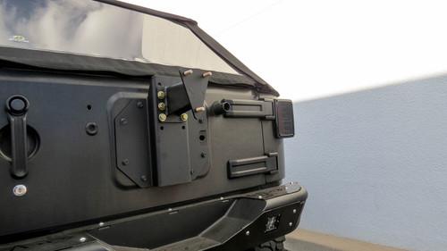 Addictive Desert Designs Rear Gate Tire Holder T95910NA01NA
