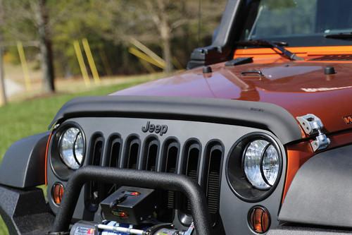 Rugged Ridge Bug Deflector, Matte Black; 07-16 Jeep Wrangler JK 11348.02