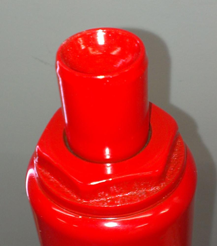 Concave top cradles the jack point