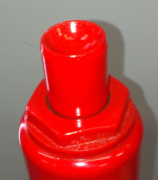 Concave Top keeps jack point in place